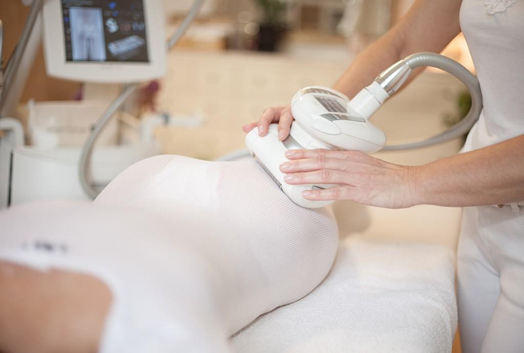 Lipomassage: Gegen Fettpolster und Cellulite, für eine schöne Figur